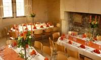 Tables dressées - Manoir