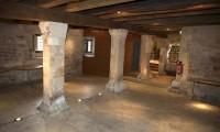 Le cellier et ses colonnes - Manoir